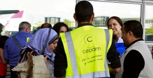 Un grupo de 31 refugiados del programa europeo de reubicación llega a Madrid, el pasado 26 de septiembre. JOSE MARIA CUADRADO JIMENEZ EFE