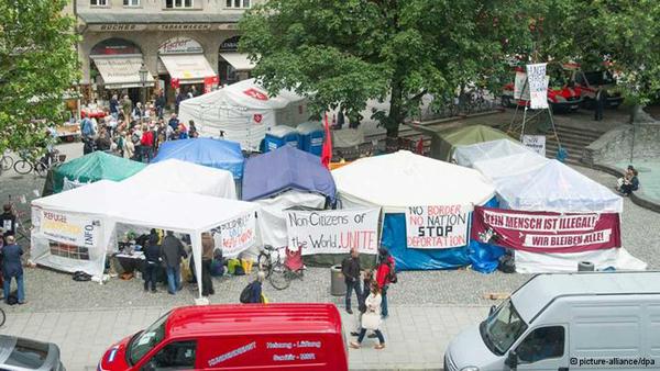 Este y otros sucesos amenazan con convertir la política de asilo de Alemania en un tópico electoral candente.